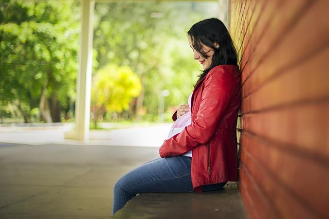 Objawy ciąży pozamacicznej