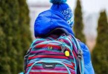 Breloczek na wagę złota - w co wyposażyć dziecięcy plecak